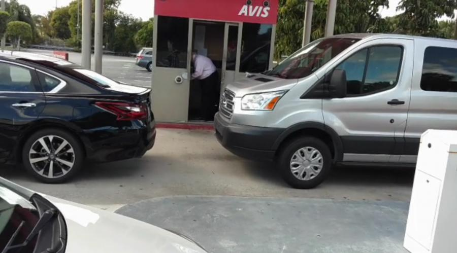 Avis, West Palm Beach International Airport