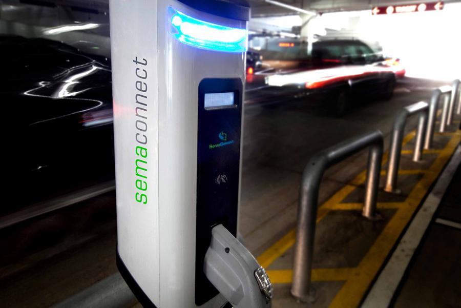 SemaConnect smart electric vehicle charging station