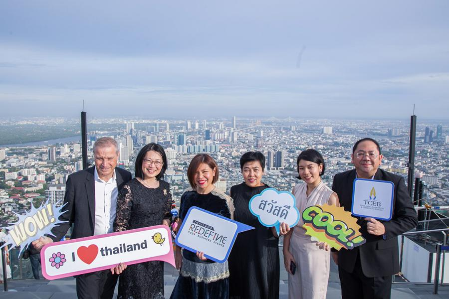 """TCEB – Business executives and private sector partners visited Mahanakhon SkyWalk, as part of """"MICE Thailand Signature"""" press launch on 30 May 2019."""