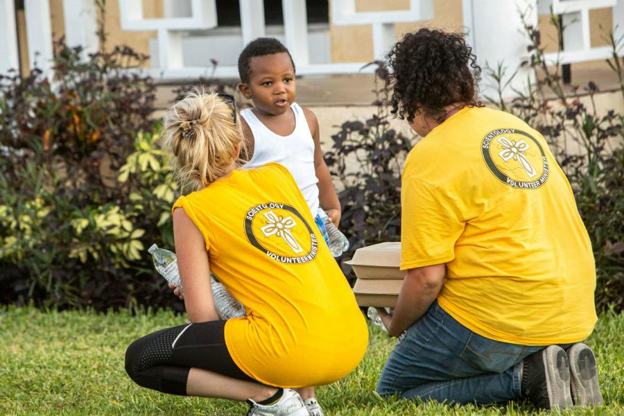 Scientology Volunteer Ministers disaster response members are there to help.