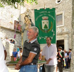 Annual festival in celebration of St. Clement in Montenero Val Cocchiara (Mundunur).