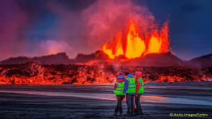 At Bárðarbunga volcano in central Iceland, basaltic lava flows covered an area of 33 square miles in 6 months, beginning in August 2014, the largest basaltic flow since 1784. Global temperatures rose rapidly nearly one degree from 2014 to 2016.