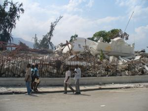 Haiti's Supreme Court building completely ruin with at least 200 lives lost