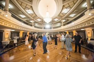 On January 16, the Savoy South Dance Hall and the Church of Scientology Flag Service Organization held the first Swing Dance for Charity of 2020 in the Fort Harrison Crystal Ballroom, located in downtown Clearwater, to raise funds in support of veteran Ta
