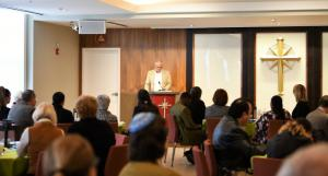 Bennie Godesh read a Jewish prayer in  English and Aramaic.