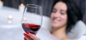 coronvirus bottles up wine lovers
