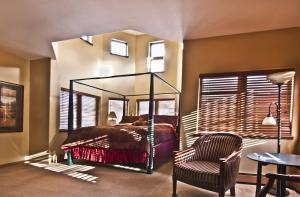The Arbor House in South Fork is just one of the many great choices for booking a plan ahead vacation