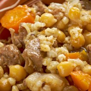 A photo of the Jewish stew known as cholent.