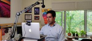 Virtual Keynote Speaker Simerjeet Singh presenting from his state-of-the-art studio in India