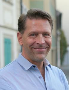 Jörn Jacob Rohwer headshot