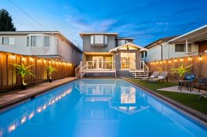 buy homes in Vancouver