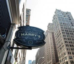 Iconic Irish Pub near Madison Square Garden in New York