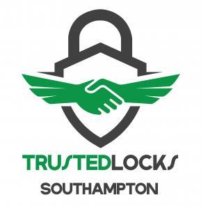 TrustedLocks Southampton Logo