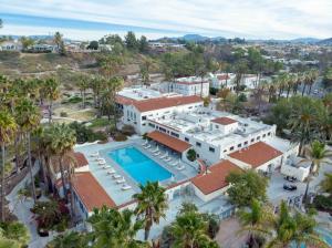 Murrieta Hot Springs Campus Aerial