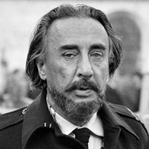 B&W Photo of Romain Gary with beard, in army uniform with medals.