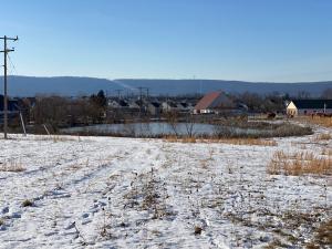 35± acre parcel zoned C-2 & CI-1 in Lovettsville, Loudoun County, VA