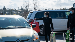 """<img src=""""image6.png"""" alt=""""Volunteers from Iglesia Ni Cristo giving care package to frontliner at Aid To Humanity event in Victoria, Canada on March 28"""" />"""