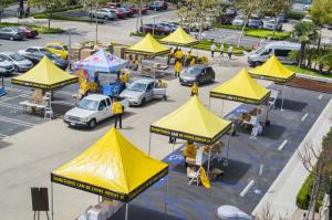 Church of Scientology Los Angeles hosted a drive-through food giveaway Saturday, April 24, in partnership with the Guatemalan Chamber of Commerce and the LAUNDECO Foundation.