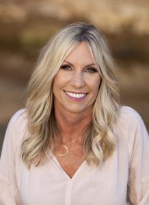 Vickie Luna, Master Energy Healer, Medium and Manifesting Coach