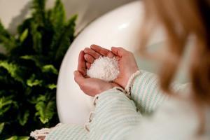Life Elements' New CBD Bath Salts