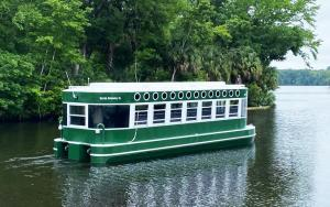 New wheelchair-accessible glass bottom boat