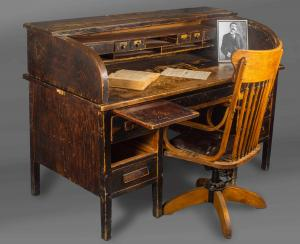 1880s roll-top desk and chair used by Pat Garrett as Dona Ana County, New Mexico sheriff from 1896-1900. Estimate: $10,000-$20,000.