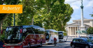Who will carry the visitors after COVID? Hungarian private transportation companies were left behind, says their federation