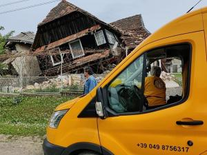 Scientology Volunteer Ministers raised donations and carried out relief missions to help underserved communities in Croatia recover from their devastating earthquake.