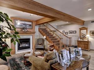 Lancaster Inn & Suites Interior View