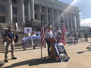Katherine Heigl speaks before a crowd of more than 100 advocates calling on President Biden to stop the Onaqui wild horse roundups