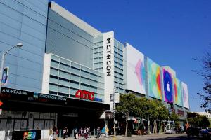 Metreon Mall in the heart of San Francisco JLL shopping center