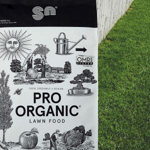 Image of Shin Nong Pro Organic Lawn Food Fertilizer