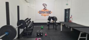 Competitively priced fitness equipment and sports rubber flooring
