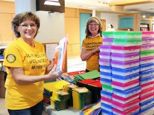 Each year, Volunteer Ministers from the Seattle Church of Scientology take part in the annual back-to-school drive sponsored by the Interfaith Ministries of Greater Queen Anne.