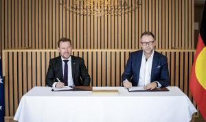 Photo of Official Signing between Australia Expo 2020 Pavilion and Black