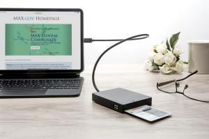 Smart Card Reader with iPad