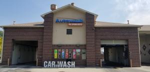 The Autowash @ Spring Creek logo signage installed on the new car wash location.