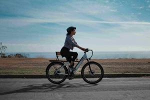 electric bikelectric commuter bike KBO Breeze Step-thrue KBO Breeze step-thru