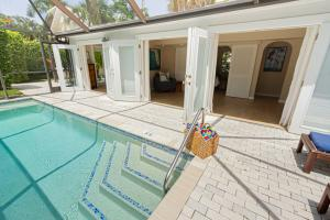 Chatterbox Cottage Pool Vacation Rental Naples