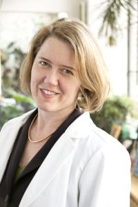 Photo of Dr. Amy Baxter Emergency Physician and Pain Researcher