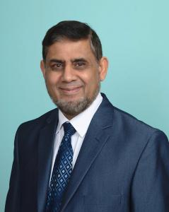 Dr. Muhammed Niaz MD Becomes DOT Examiner for OTR Truck Drivers