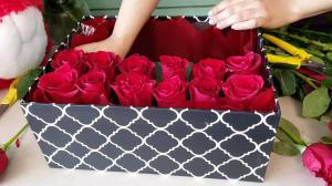 DIY Roses In a Box
