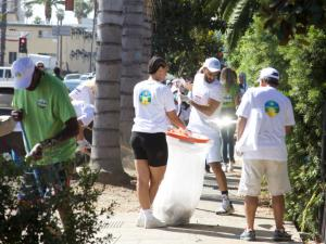 As the monthly Hollywood cleanup attracts new partners and volunteers, the impact of the initiative increases.