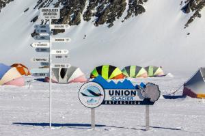 UG Camp Antarctic Logistics & Expeditions